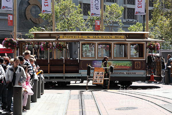 San Francisco Cable Car At The Powell Street Cable Car Turnaround - 5d17968 Print by Wingsdomain Art and Photography