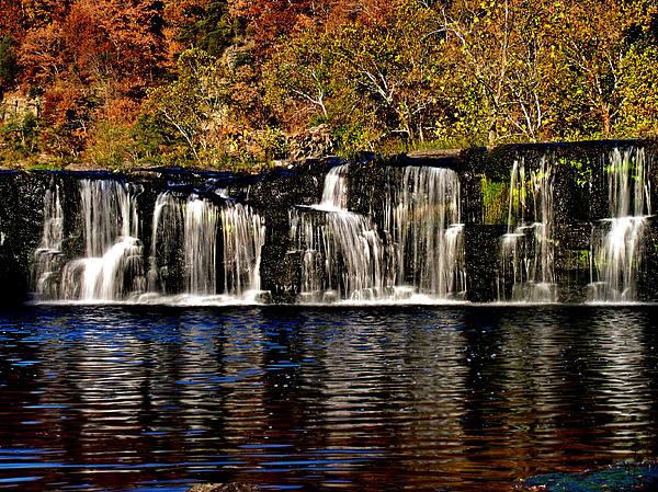 Sandstone Falls In Autumn Print by Matthew Winn