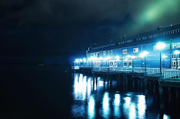Tanya Harrison - Seattle Aquarium at Night