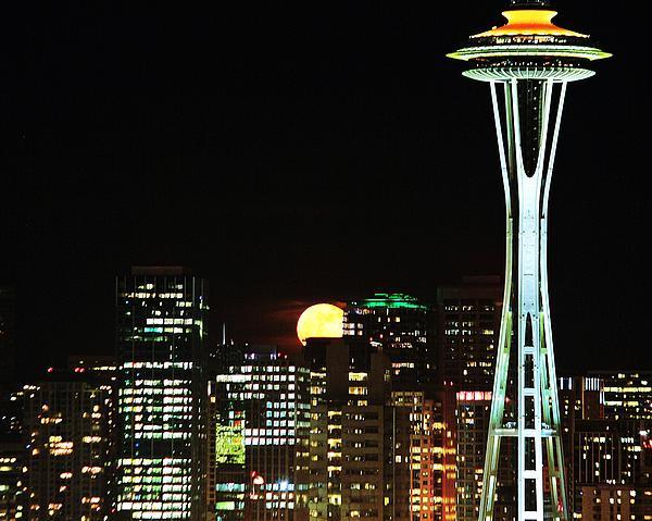 Benjamin Yeager - Seattle Super Moon