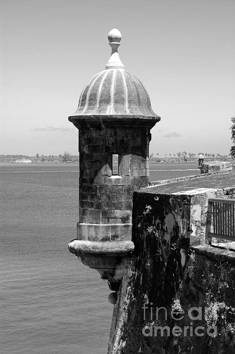 Sentry Tower Castillo San Felipe Del Morro Fortress San Juan Puerto Rico Black And White Print by Shawn O'Brien