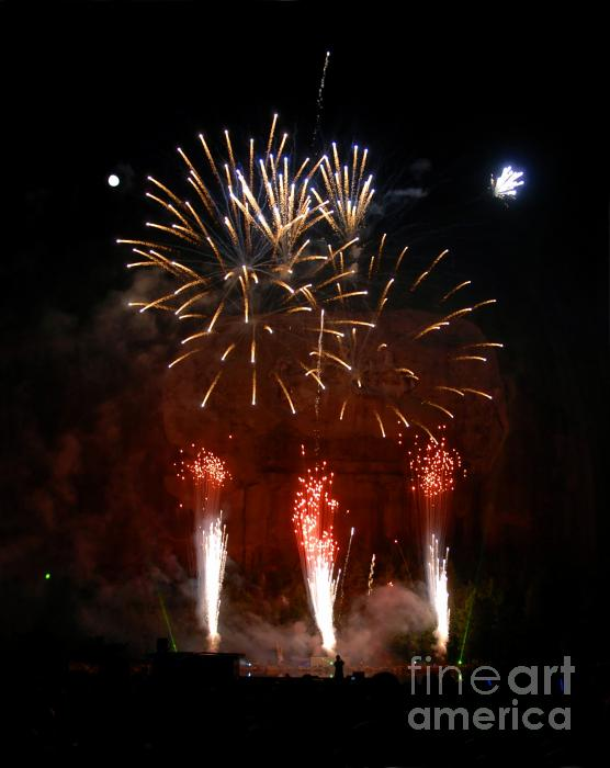 Shooting The Fireworks Print by David Lee Thompson
