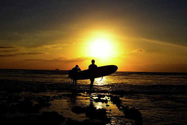 Silhouette Surfers Print by Rolfo