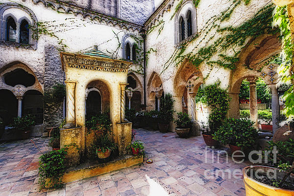 George Oze - Southern Italy Villa Courtyard