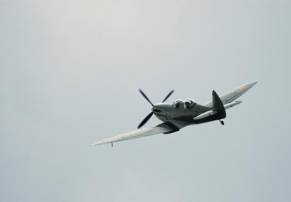 Spitfire Mklx Print by Simon Pocklington