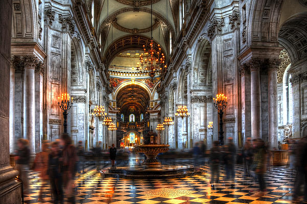 Svetlana Sewell - St Paul Cathedral Interior