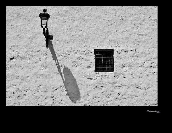 Xoanxo Cespon - Street light shadow