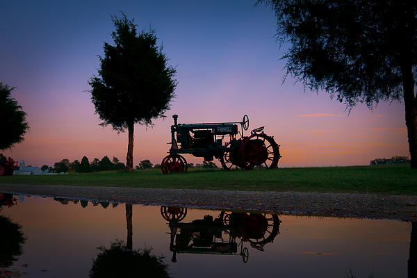 Williams-Cairns Photography LLC - Sundown on Farmall at Chippokes