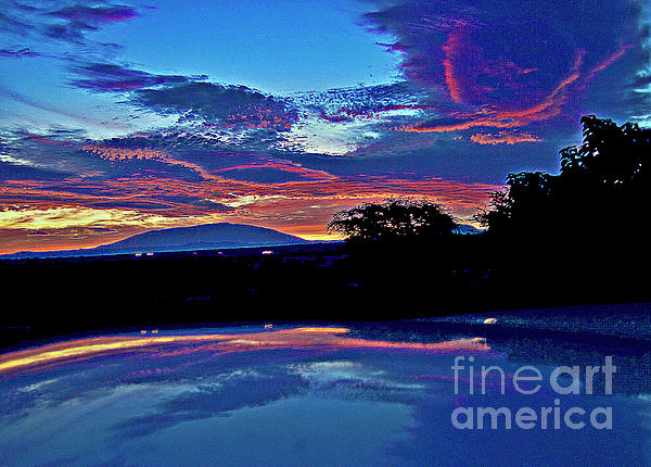 Sunrise Over Mauna Kea Print by Bette Phelan