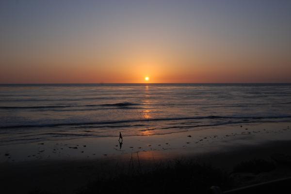 Sunset At Eljio Beach California Print by Susanne Van Hulst