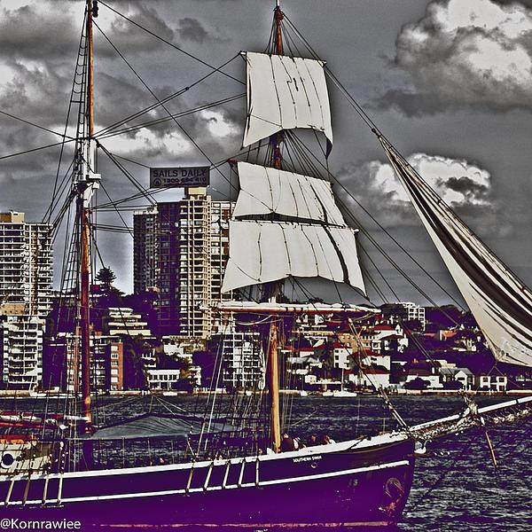 Kornrawiee Miu Miu - Tall ship