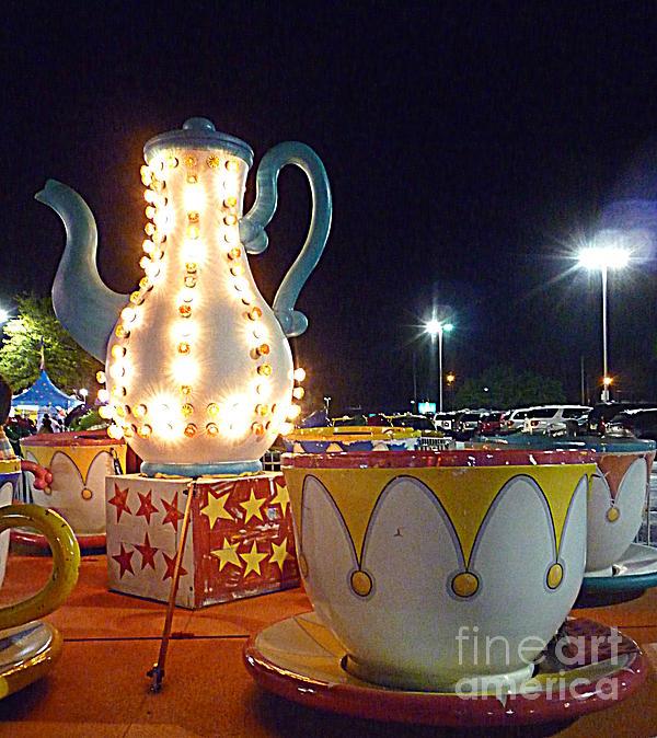 Renee Trenholm - Tea Pot and Cups Ride