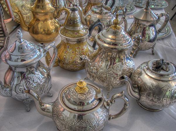 Tea Time Print by Jane Linders