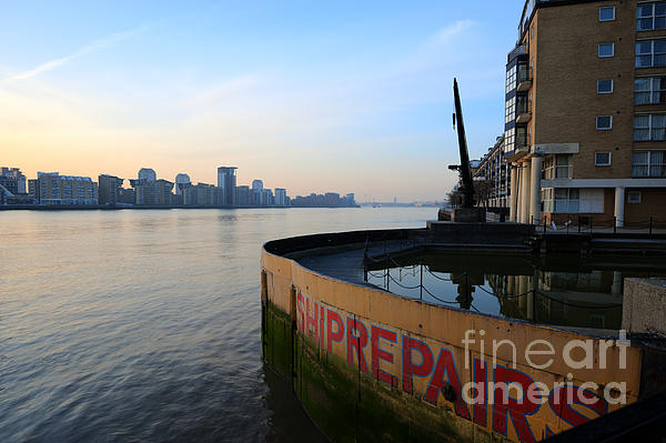 Thames Sunrise Print by Donald Davis