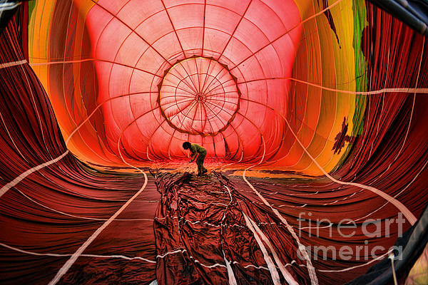 Paul Ward - The Balloonist - Inside a hot air balloon