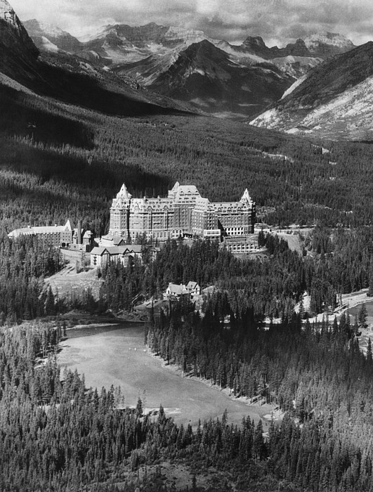 The Banff Springs Hotel In The Bow Print by Everett