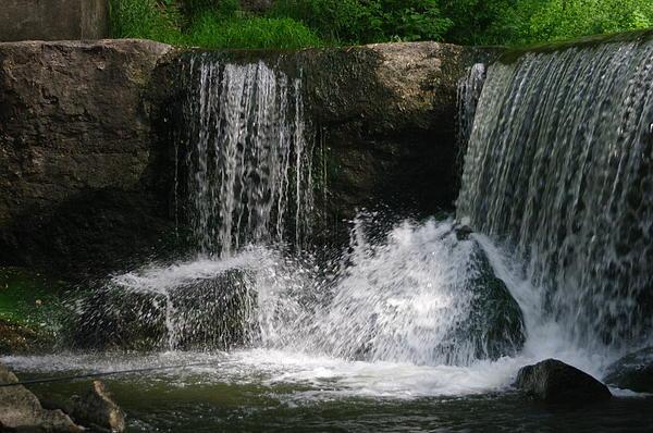Rocksand Pickard - The Falls