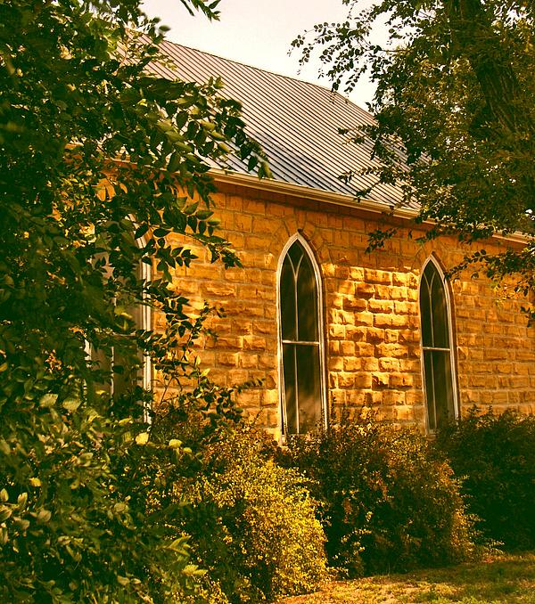 Lynne and Don Wright - The Old Stone Church