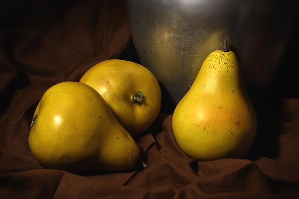 Vicki McLead - Three Pears