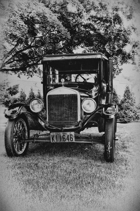 Tin Lizzy - Ford Model T Print by Bill Cannon
