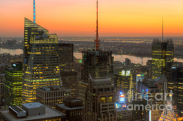 Top Of The Rock Twilight Ix Print by Clarence Holmes
