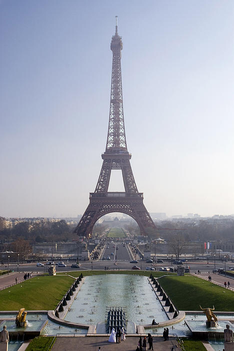 Tour Eiffel Print by Rod Jones