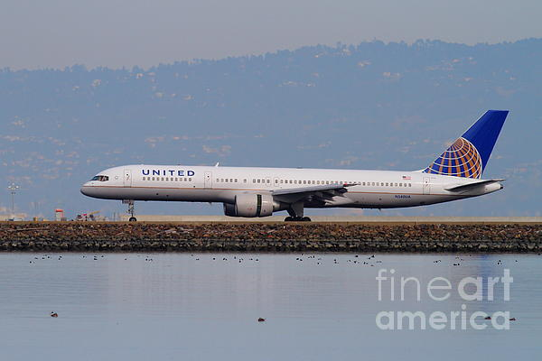 United Airlines Jet Airplane At San Francisco International Airport Sfo . 7d12129 Print by Wingsdomain Art and Photography