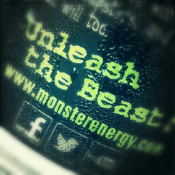 [Image: unleash-the-beast-by-monster-energy-aris...mayuda.jpg]
