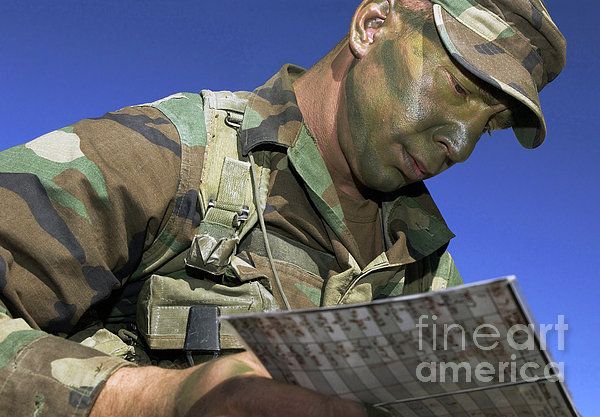 U.s. Air Force Lieutenant Reviews Print by Stocktrek Images