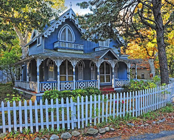 Dave Mills - Victorian Home Marthas Vineyard