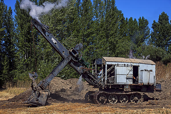 Garry Gay - Vintage steam shovel