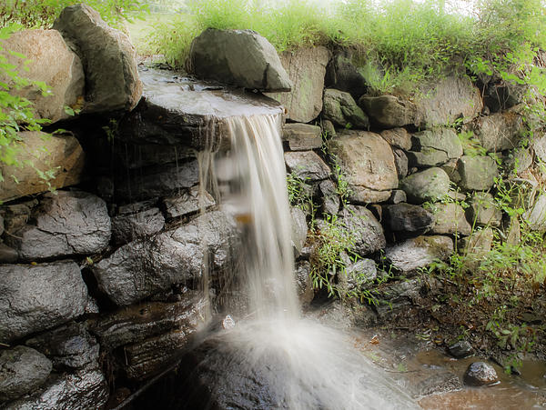 Bedford Shore Photography - Waterfall over Cow Pasture