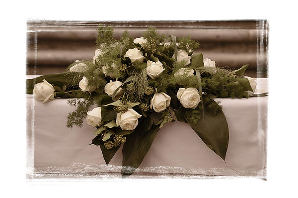 Mary Machare - White Roses for the Wedding