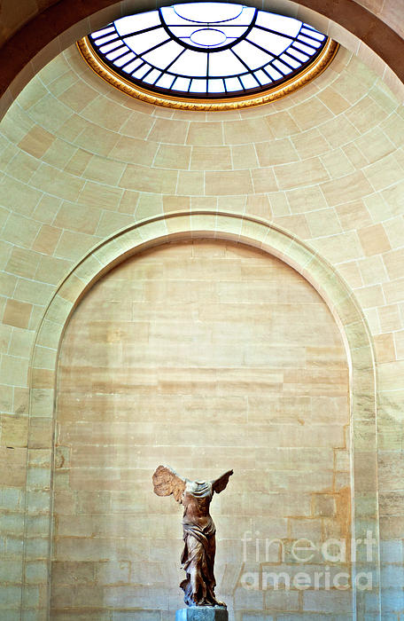 Winged Victory Of Samothrace Louvre Print by Loriannah Hespe