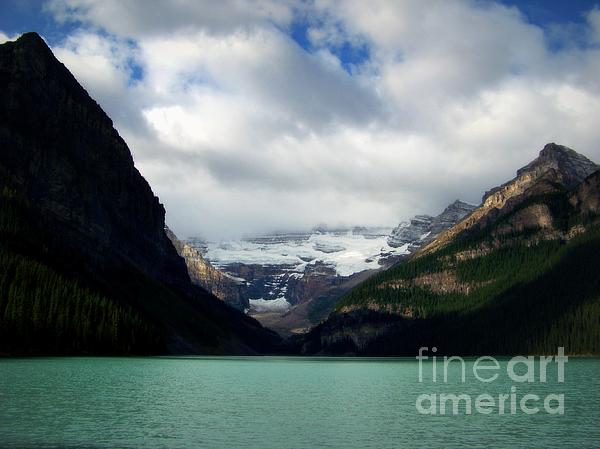 Karen Wiles - Wonderland of Lake Louise