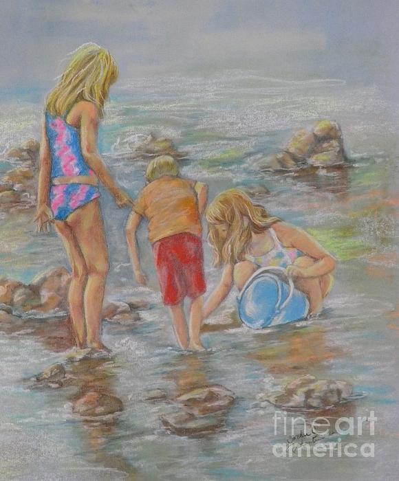 Sandra Valentini - Young Crab Hunters