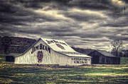 Dave Lyons -  Barn at Jim Beam...