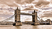 Claudio Bacinello -  Vintage Tower Bridge