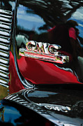 Gmc Framed Prints - 1952 GMC Suburban Emblem Framed Print by Jill Reger