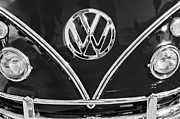 Volkswagen Photos - 1964 Volkswagen VW Double Cab Emblem by Jill Reger