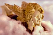 Ulrich Schade - Angel resting on clouds...