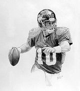 Quarterback Drawings - Buying Time by William Walts