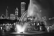 Andrew Soundarajan - Chicago Fountain at Night