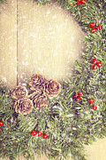 Round Framed Prints - Christmas Garland Framed Print by Christopher and Amanda Elwell