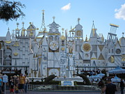 Disneyland Photos - Disneyland Park Anaheim - 12125 by DC Photographer