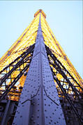 Architektur Metal Prints - Eiffel Tower - Paris France - 01138 Metal Print by DC Photographer