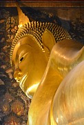 Bobby Mandal - Face of golden Buddha
