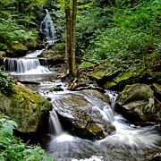 Glen Creek Prints - Flowing Falls Print by Robert Harmon