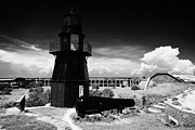 Dry Tortugas Prints - Garden Key Lighthouse Terreplein And Rodman Cannon On Fort Jefferson Dry Tortugas National Park Flor Print by Joe Fox
