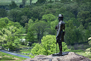 Confederate Monument Prints - General Warren at Little Round Top Print by John Greim